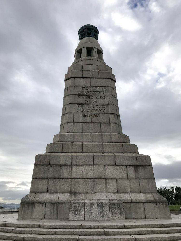 Dundee Law Memorial