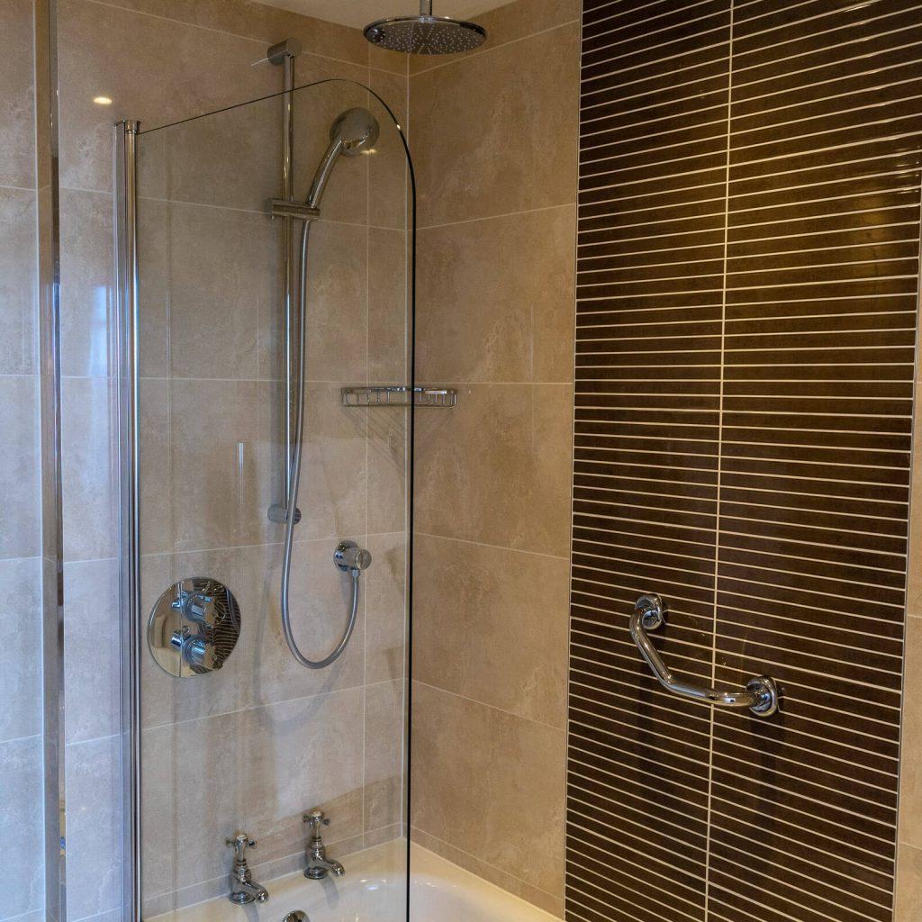 Macdonald Inchyra Bathroom